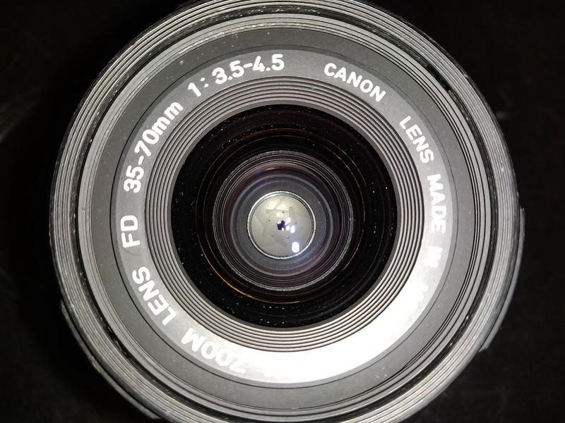 Canon FD 35-70mm 3.5-4.5 Macro - Serial X401 & 1013619 007.jpg