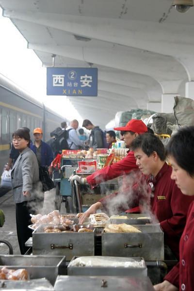 Xian station hot food Qinghai -Beijing to Tibet Railway, Beijing to Lhasa  Oct  2006