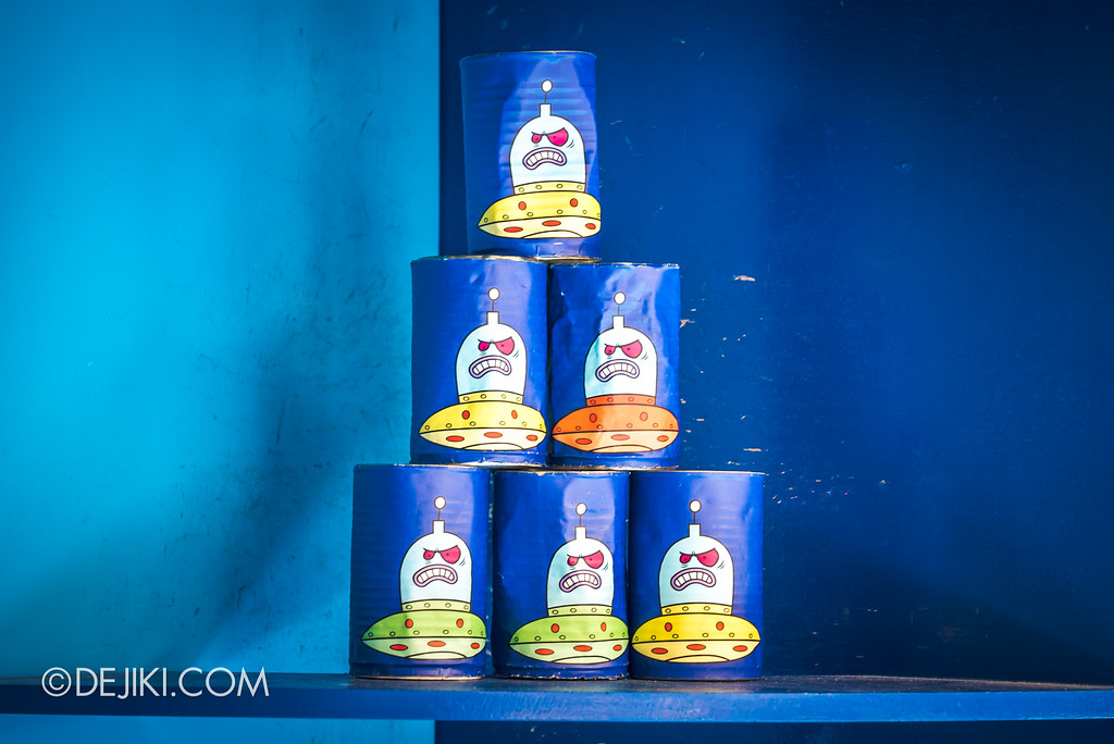 Universal Studios Singapore Park Update July 2017 - Despicable Me Minion Breakout Party event / Super Silly Space Killer cans