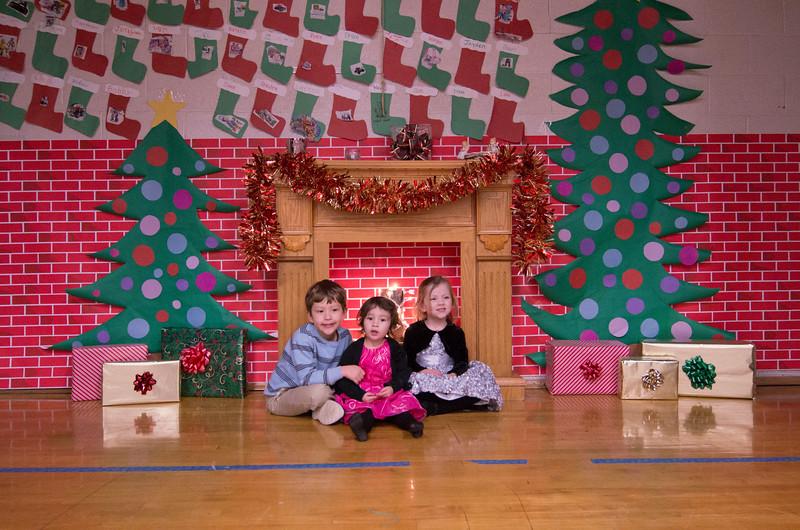 12.17.2014 - Riverview Co-Op Preschool Christmas Program - _CAI6113.jpg