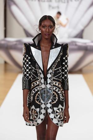 On Aura Tout Vu Otohime Couture SS17