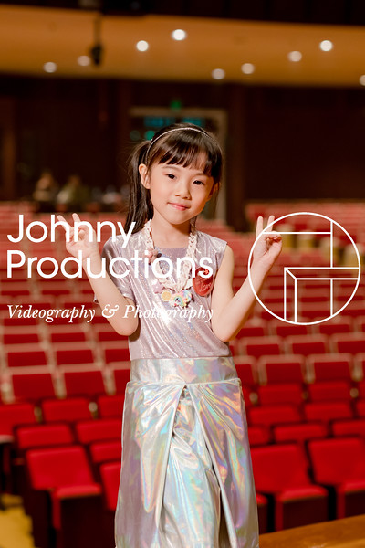 0032_day 1_orange & green shield portraits_red show 2019_johnnyproductions.jpg