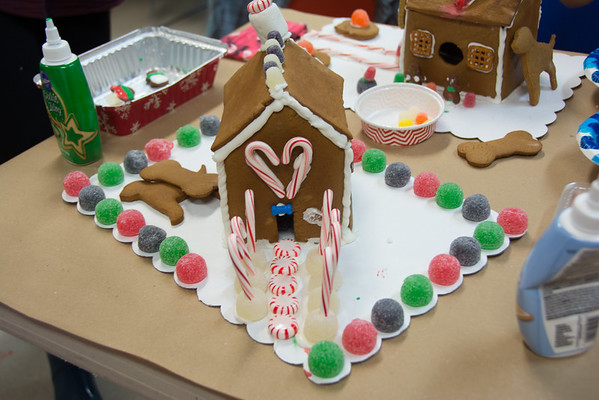 Gingerbread Houses - MHS - Dec 2016