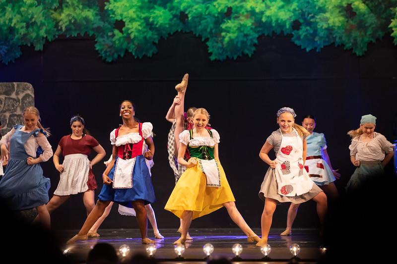 Dance Productions Recital 2019-323.jpg