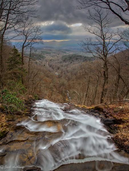 Amiclalola Falls-.jpg