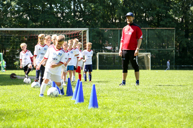 hsv_fussballschule-369_48047954971_o.jpg
