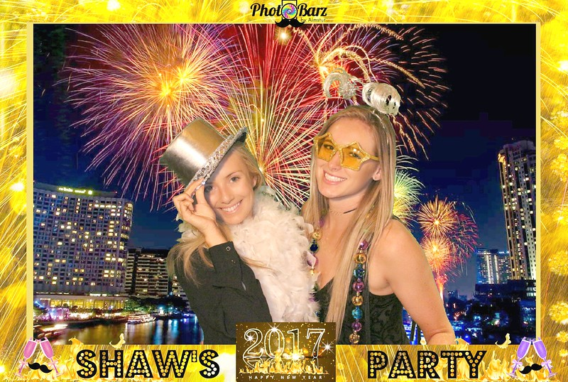Shaws NYDay Party (52).jpg