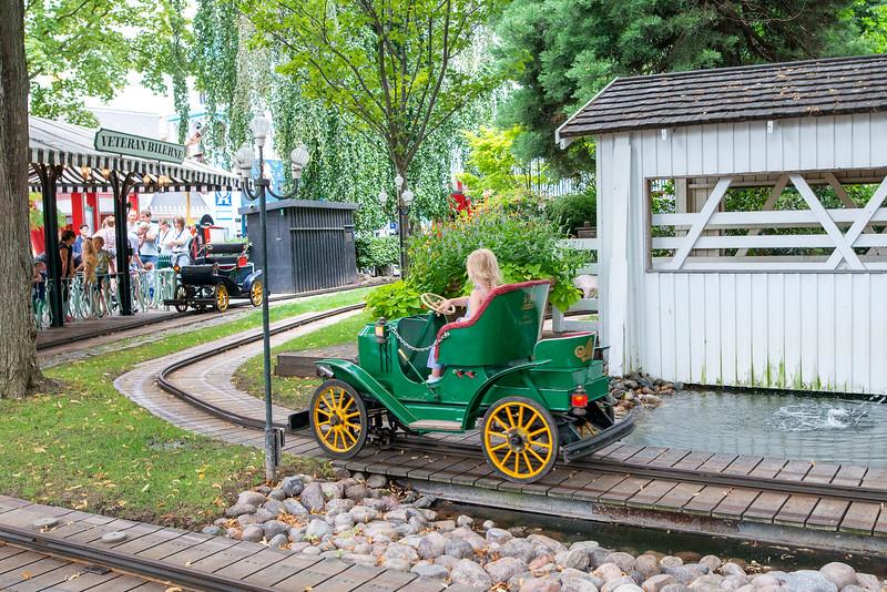 Tivoli Gardens - Kiddie Cars