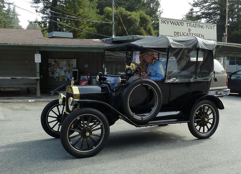 Model T Roadster at Alice's