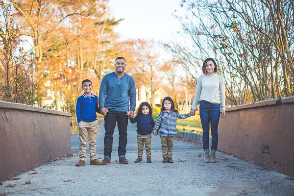 2020 PORTRAITS  |  Diaz Family