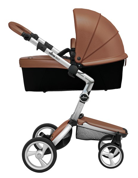 Mima_Xari_Product_Shot_Camel_Flair_Aluminium_Chassis_Black_Carrycot_Side_View.jpg