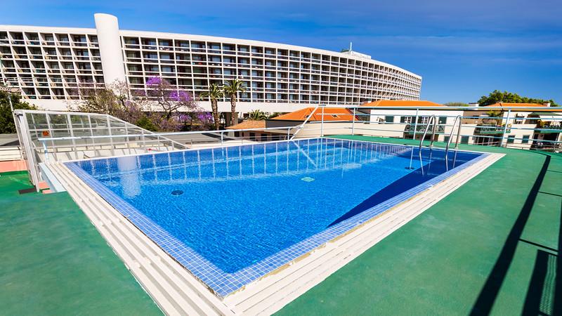 piscina2z.jpg