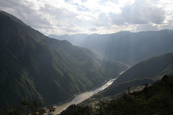 Tiger Leaping Gorge and Dali