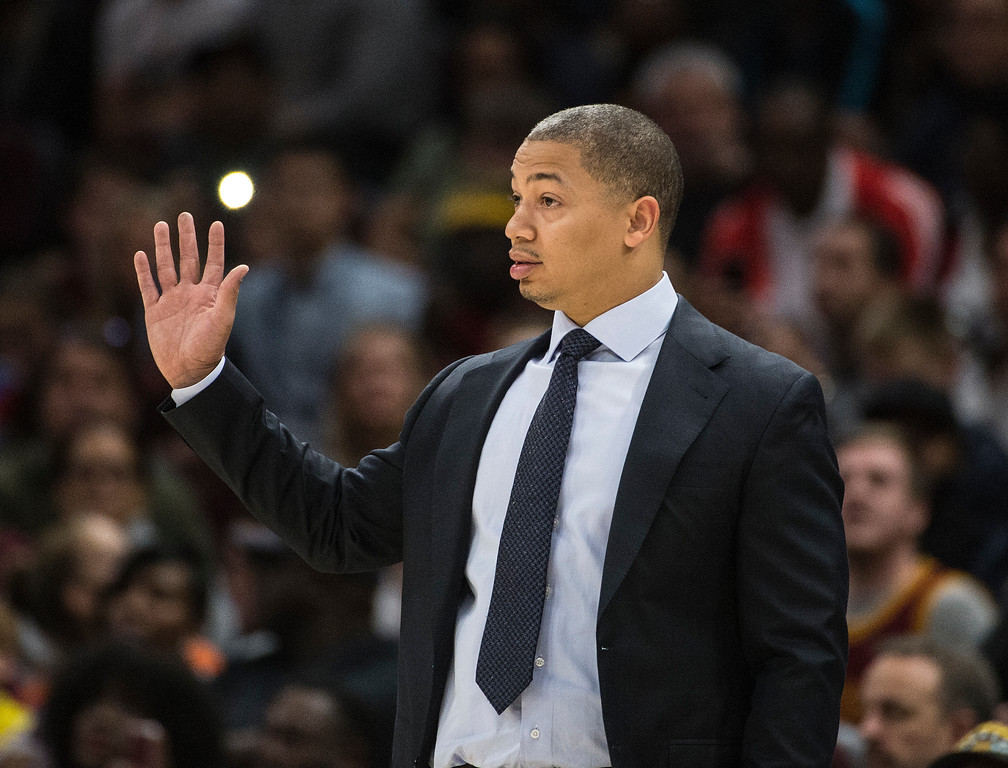 . Cleveland Cavaliers head coach Tyronn Lue directs the team against the Chicago Bulls during the first half of an NBA preseason basketball game in Cleveland, Tuesday, Oct. 10, 2017. The Bulls won 108-94. (AP Photo/Phil Long)