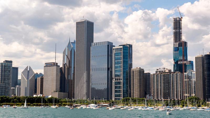 Chicago-FerrytoNavyPier04.jpg