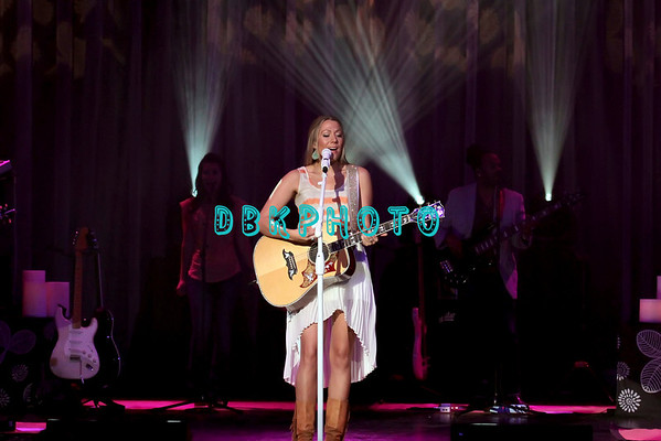 DBKphoto / Colbie Caillat 03/23/2013