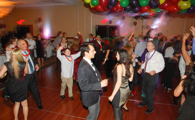 20121231 - Dancing NYE CT - 020-sm.jpg