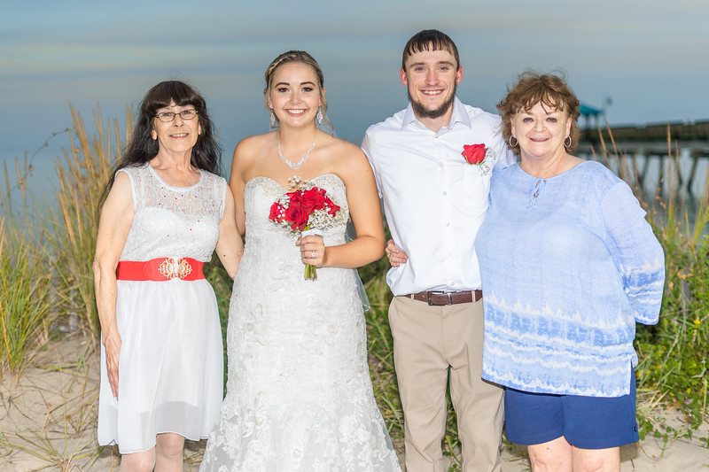 VBWC BEIL 09042019 Buckroe Beach Wedding Image #112 (C) Robert Hamm.jpg