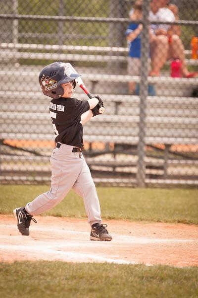 Younger Baseball-25.jpg