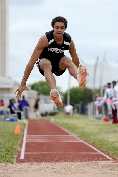 HS-Track-13-6A-District-Championships_011.jpg