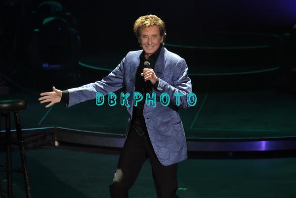 DBKphoto / Barry Manilow 09/08/2012