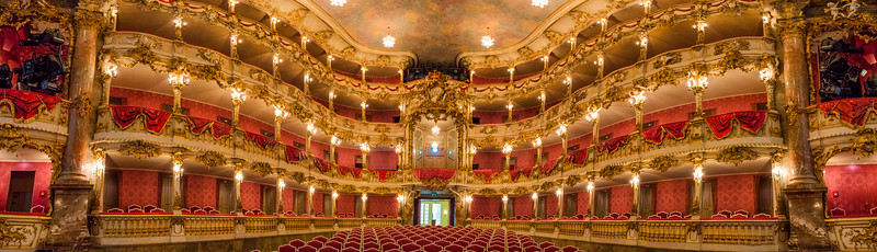 Cuvillier-Theatre-4.jpg