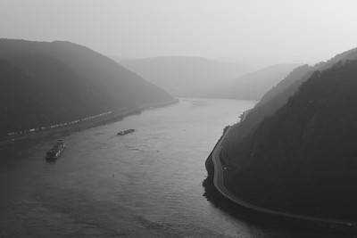 rheinland: loreley in mist