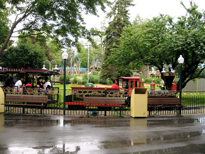 The Canobie Express returning to its station.
