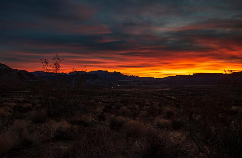 Zion-area-sunrise3.jpg