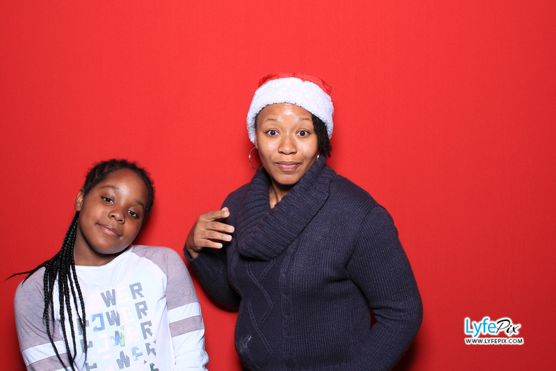 eastern-2018-holiday-party-sterling-virginia-photo-booth-0089.jpg