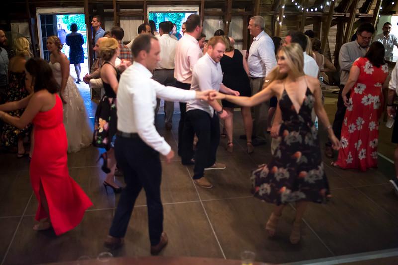 Garrett & Lisa Wedding (708).jpg