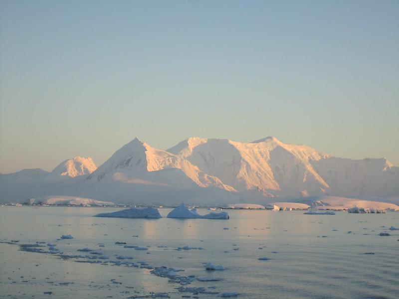 Antarctica 2012 081.jpg