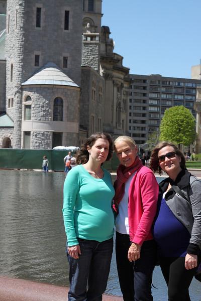 Craig, Sheri and Elaine Visit April 2010
