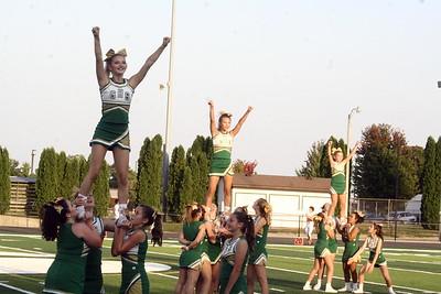 Cheerleaders - Homecoming