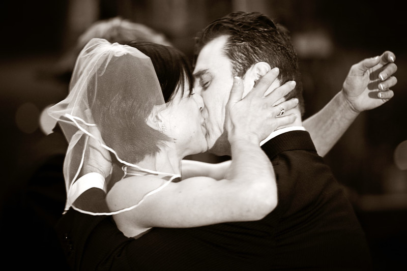 kissies.jpg