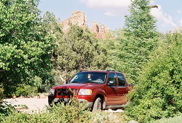 Creekside Inn at Sedona-Bed & Breakfast by the rivers edge..