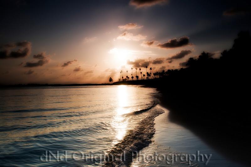 104 Bahamas 2008 - 2nd Sunrise (nik glamor glow).jpg