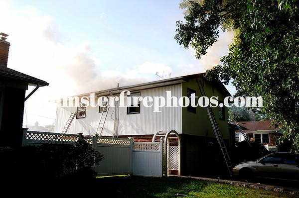 HICKSVILLE CANTIAGUE ROCK RD FIRE 9-4-18