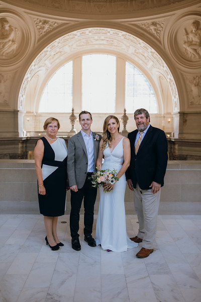 2018-10-04_ROEDER_EdMeredith_SFcityhall_Wedding_CARD1_0114.jpg