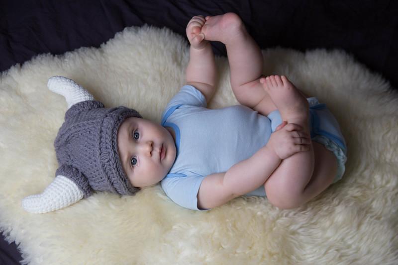 baby james 6 months-15.jpg