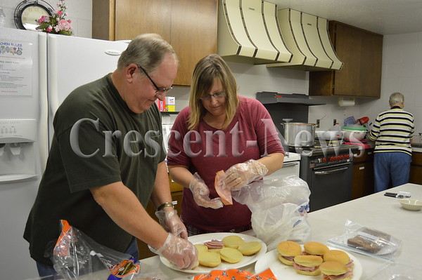 11-19-15 NEWS Free Community Meal