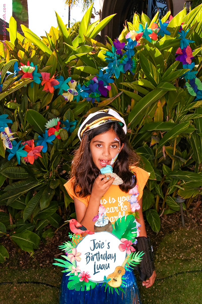 Joie's Birthday Luau-25.jpg