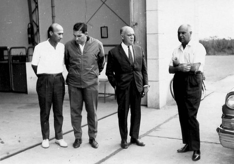 Manuel Valente, Dr. Santos David, Cardoso Albuquerque (Secretário Provincial de Saúde ) e Eng. Bexiga
