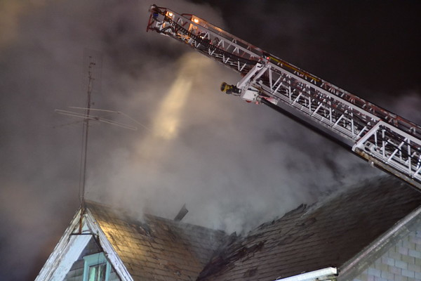 Working Fire w/Special Calls 808 Dwight Street, Holyoke, MA 2/9/17