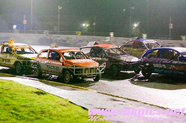 1300 Stock Cars, Northampton 11 February 2017