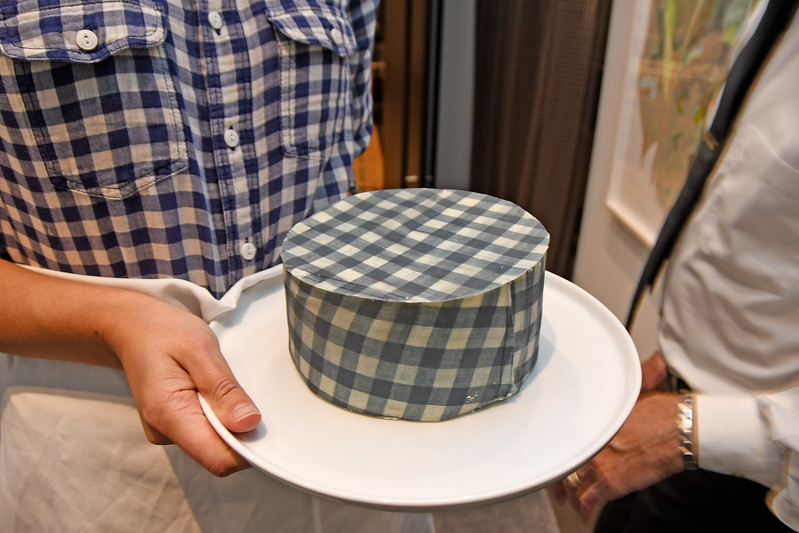 Stephanie Nass (& cake) AVENUE MAGAZINE Presents the SALON DINNER & CONVERSATION with Architect and Designer DAVID ROCKWELL  10 Hudson Yards NYC, USA - 2017.10.17 Credit: Lukas Maverick Greyson