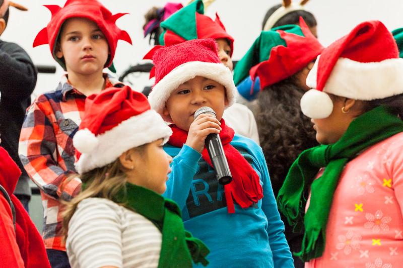 Christmas Kindergarten-75.jpg