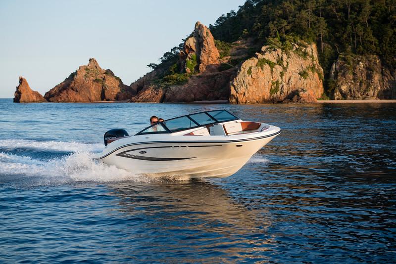 19 SPX Outboard (14).jpg