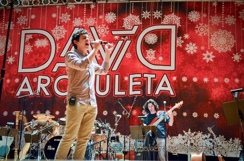 20111219_MusicArchuleta_0094.jpg