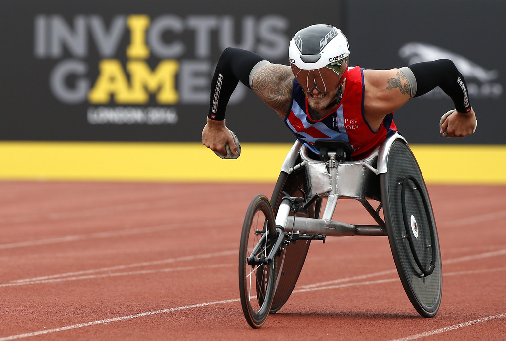 . Great Britain\'s Joseph Townsend competes to win the 1500m men wheel IT4 during the athletics event of the Invictus Games at Queen Elizabeth II Park in London on September 11, 2014. AFP PHOTO/ADRIAN DENNISADRIAN DENNIS/AFP/Getty Images